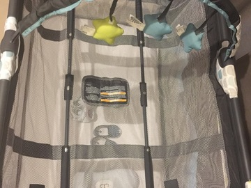 Selling: Graco Baby Bed