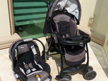 Selling: Chicco Stroller and Car Seat (Travel System)