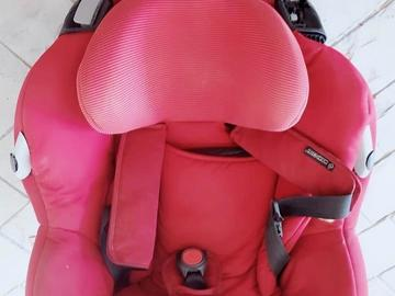 Selling: Baby Car seats