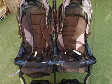 Selling: Twin Umbrella Stroller