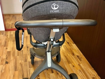 Selling: stroller and car seats