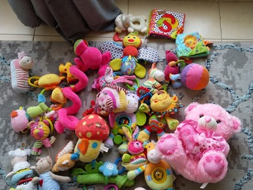 Selling: Soft toys bundle