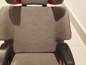 Selling: CLEK car seat