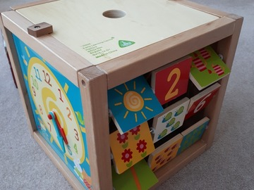 Selling: Learning Cube for Toddlers