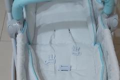 Selling: JUNIORS JAMIE 3 IN 1 ROCKER CUM BABY SEAT