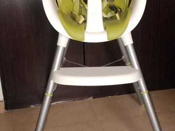 Selling: Baby Chair from mamas and papas