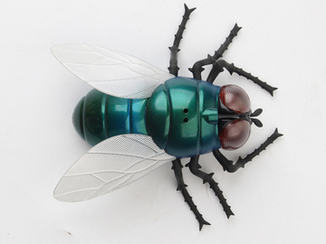 Selling: Remote Control Infrared Giant Fly Toy