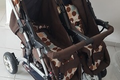 Selling: Twin baby stroller