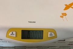 Selling: Baby scale
