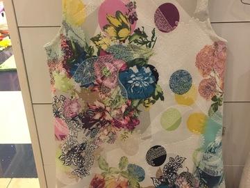 Selling: Floral dresses