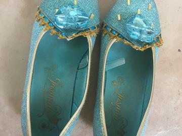 Selling: Disney Princess shoes size EUR 28