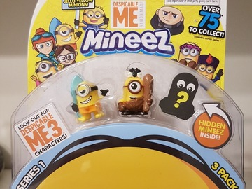 Selling: 3 Small Minion Characters (secret one inside)