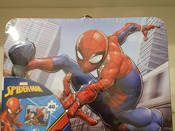 Selling: Spiderman Lunchbox with 48 pc Puzzle Inside