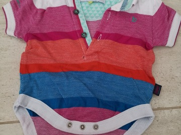 Selling: Pre loved New born to 7 months clothing looks like new