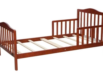 Selling: Kids bed