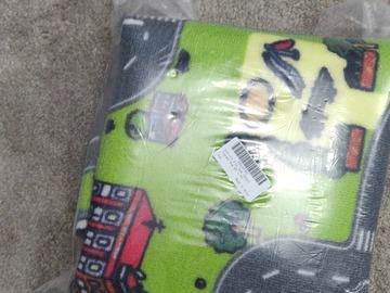 Selling: Play mat rug